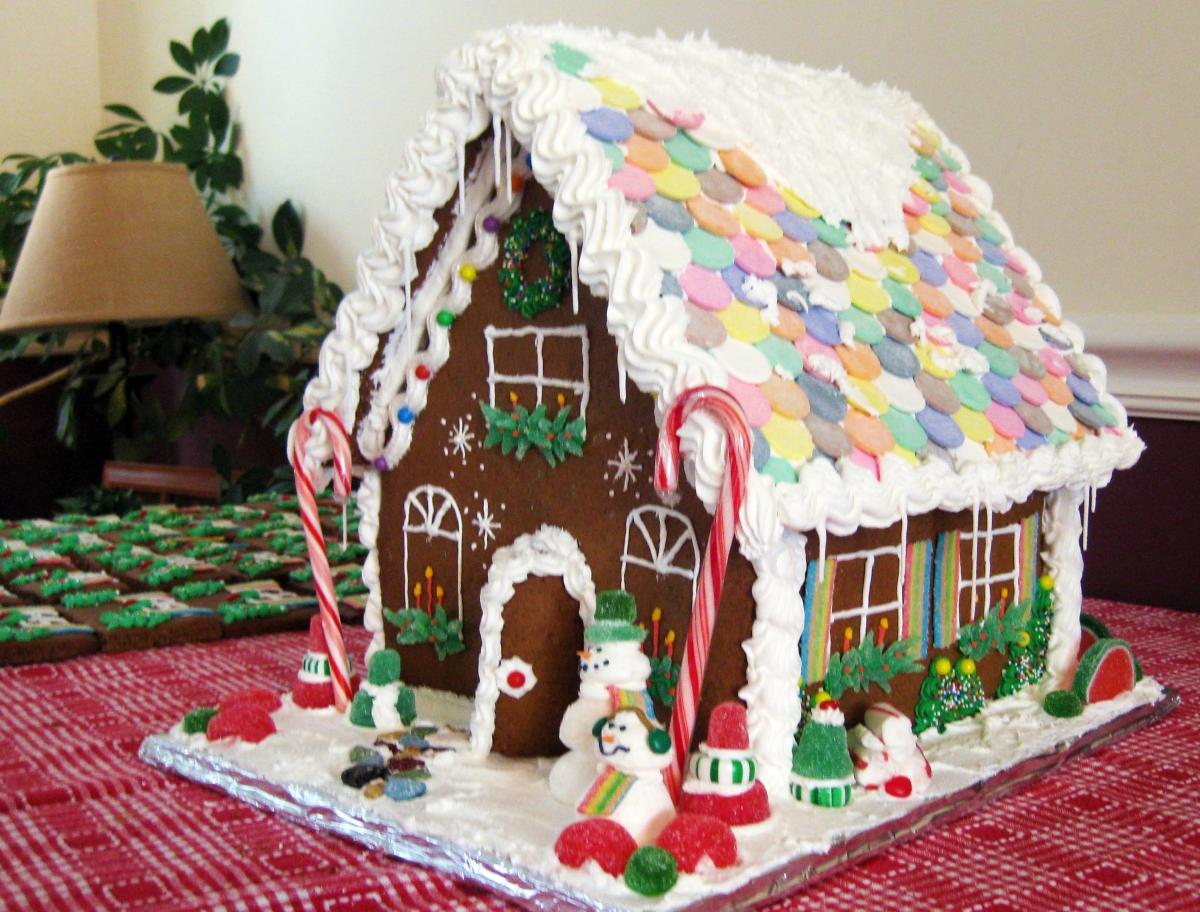 Extra large gingerbread houses my gingerbread house - Decorated houses ...